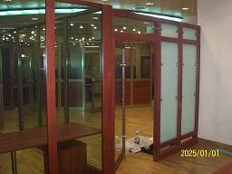 www.majsterglass.pl/galeria/systemowe-zabudowy-szklane